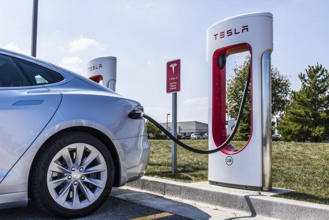 車の充電イメージ
