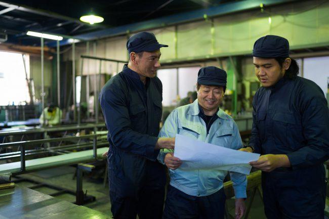 産業構造の変化と日本的経営の行き詰まり
